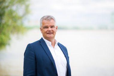 Joachim Stücke, Vorsitzender PfW